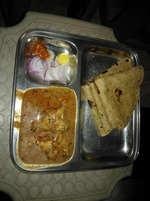 The Chicken Thali consists of three chapatis, rice and kokam kadi/buttermilk.
